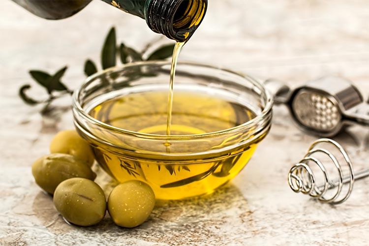 2-olive-oil-tasting
