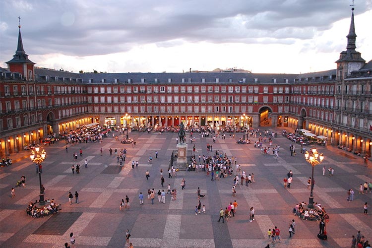 3-food-and-culture-in-madrid-plaza-mayor